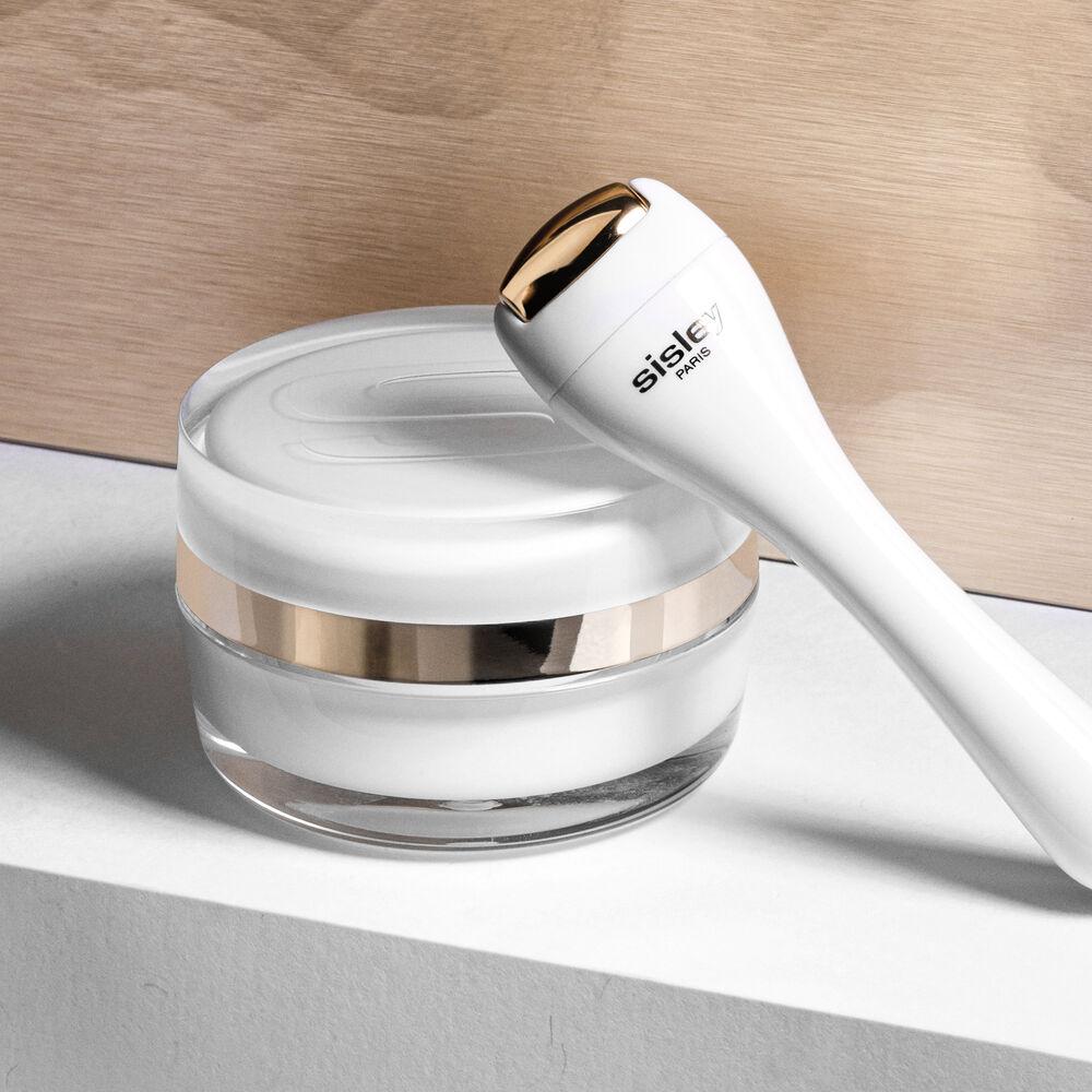 Sisleÿa L'Intégral Anti-Âge Eye and Lip Contour Cream
