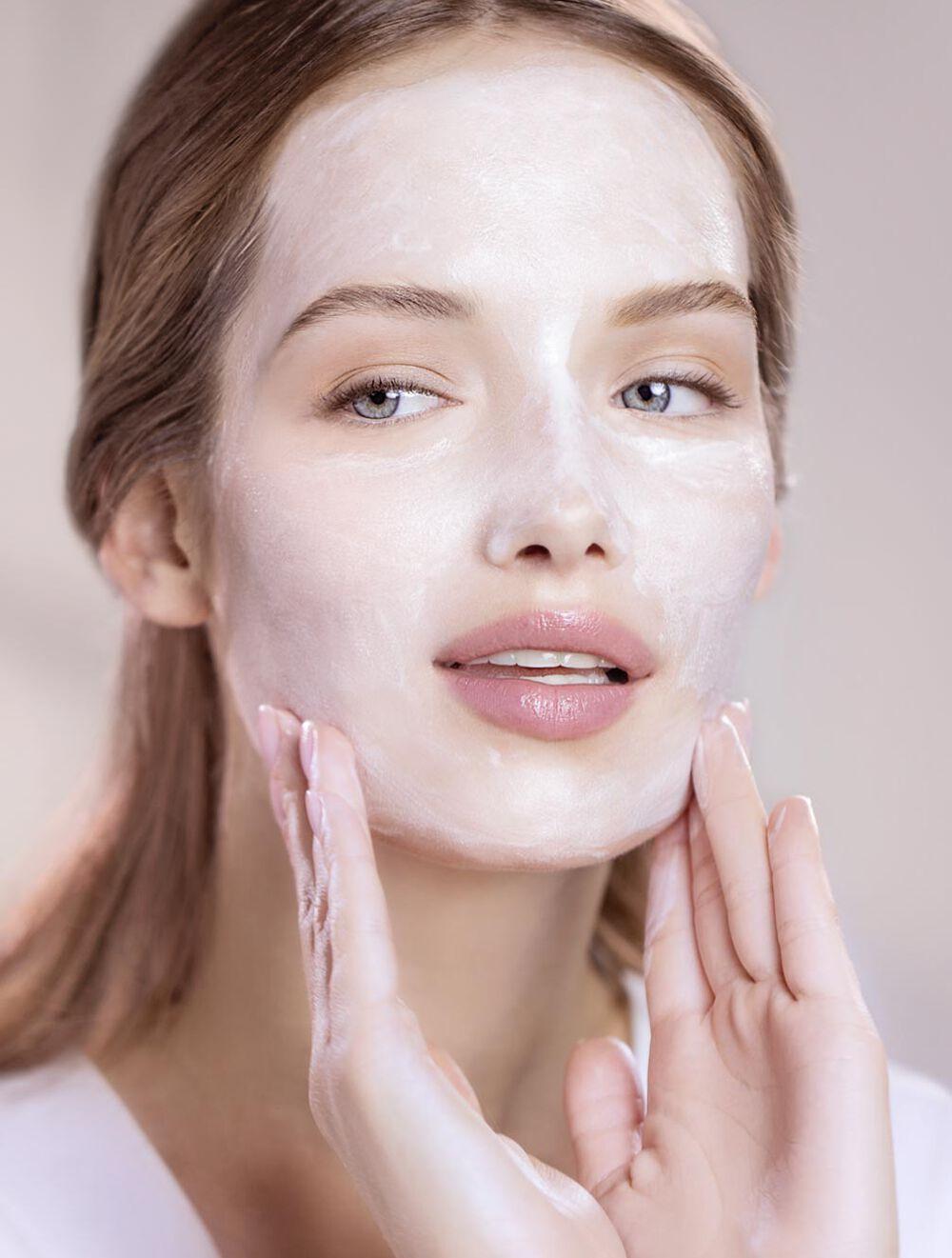 Phyto-Blanc Brightening Cleansing foam-in-cream